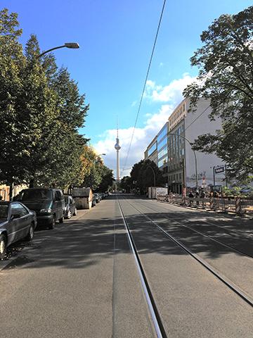 es-gluck-From-a-Distance-Fernsehturm_Alexanderplatz
